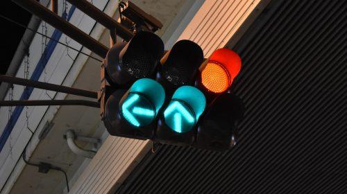 luz verde unsplash