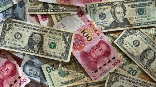 yuan y dólar