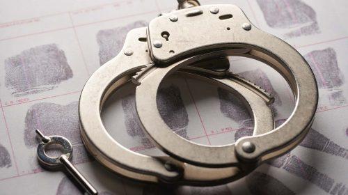 Carcel preso atrapado unsplash