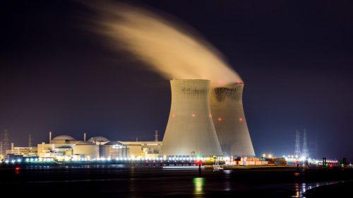 Minería energía nuclear unsplash
