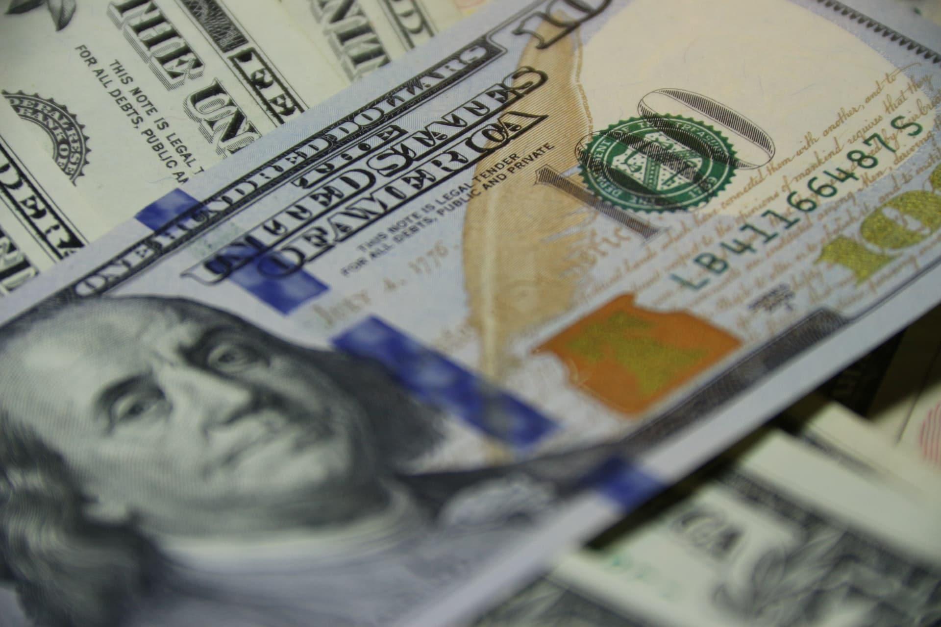 dinero exchange unsplash
