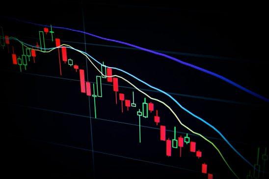mercados rojo criptomonedas Unsplash